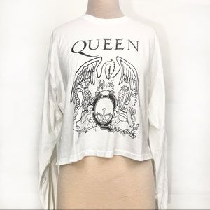 NWTUrban outfitters Queen graphic concert crop tee